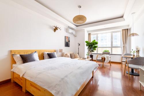 沈阳爱瑞家甄选公寓舒适大床房