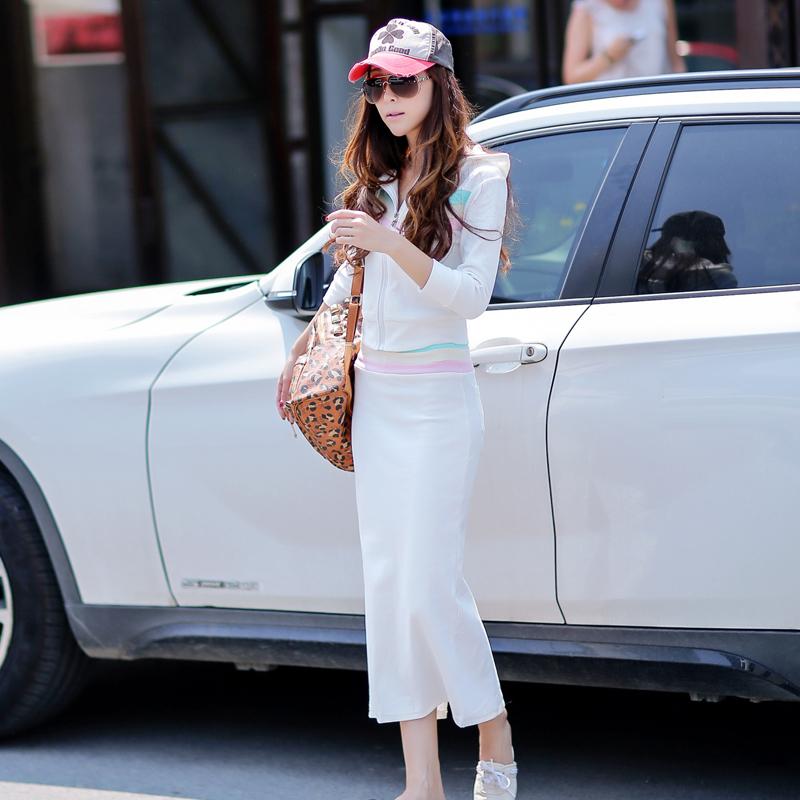 2018秋装时尚女士白色卫衣休闲韩版套装连衣裙女装显瘦两件套潮