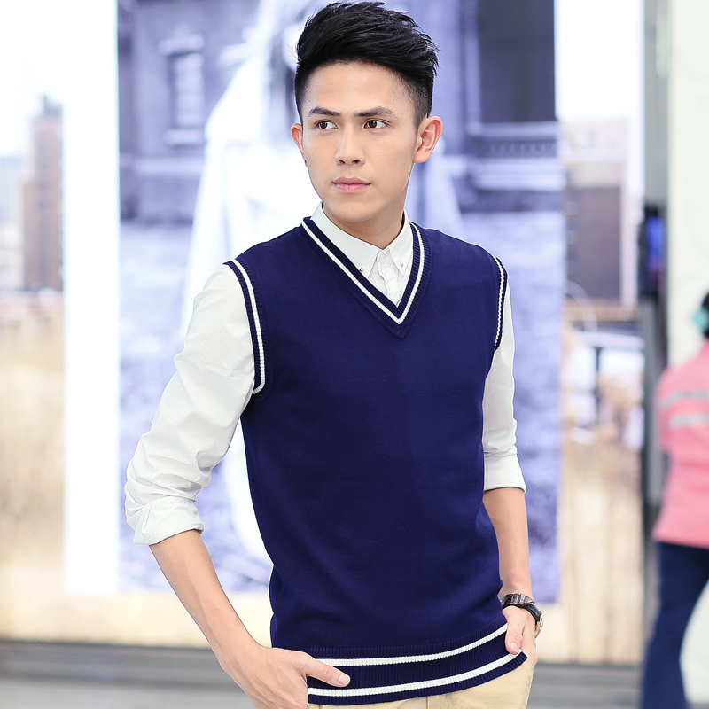 Sleeveless sweater vest mens V-neck knitted woolen vest autumn and winter season woolen jacket youth Korean fashion mens jacket
