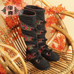 Chinese dance high women's boots in the authentic folk style buttons vintage zipper boots in embroidered boots after Joker shoots flower