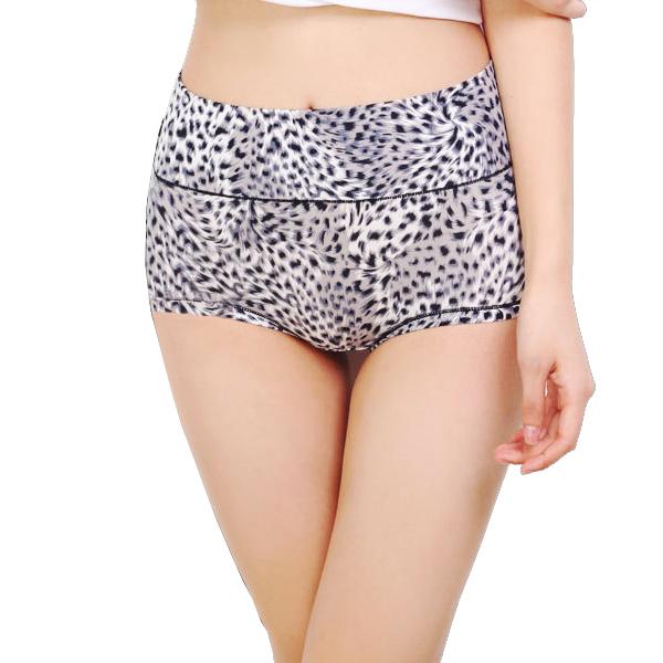 热卖竹炭纤维高腰收腹内裤大码女豹纹裤提臀塑身青年短裤三角裤