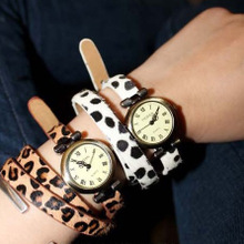 The new tide The European and American style leopard girl watches Fashion women leisure watches wholesale and mixed batch