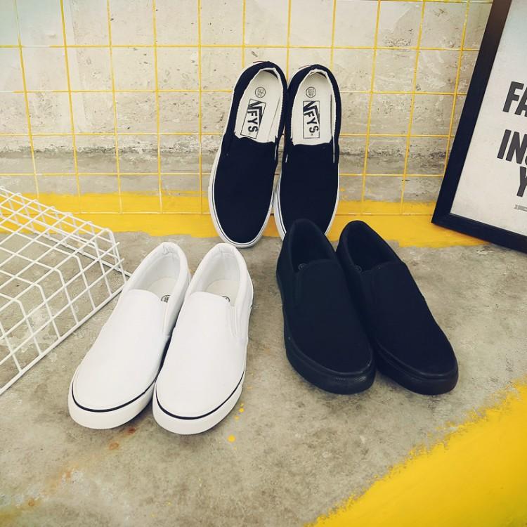 秋黑白色小白鞋平底帆布鞋女鞋子休閑一腳蹬懶人鞋樂福鞋學生球鞋