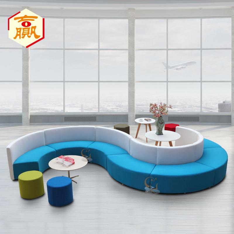 Фасонный диван Детский диван Изогнутый диван Круглый стул Круглый диван Простой дисплей поколение для отдыха диван