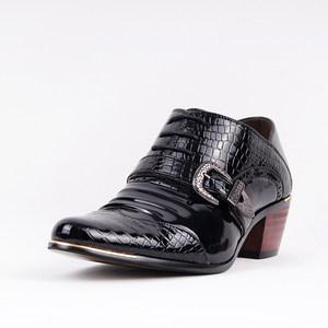 新款英伦男士高跟鞋 欧版个性漆皮尖头男鞋 发型师休闲皮鞋潮清仓