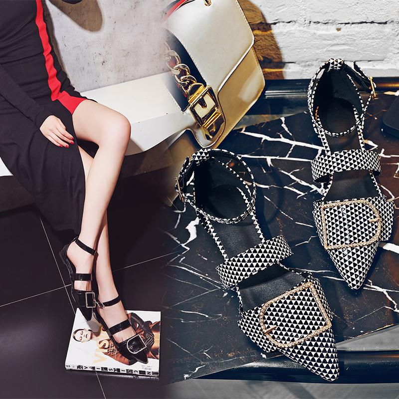 月牙�号�鞋皇妹艾米奇��雅名典2018夏季新款皇妹�W美平跟平底�鲂�