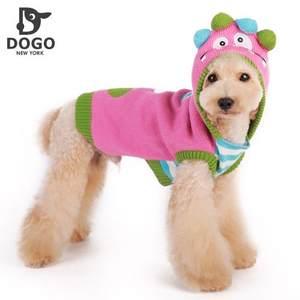 DOGO都会狗冬新款粉色鬼脸连帽毛衣宠物服饰狗衣服含羊毛成份