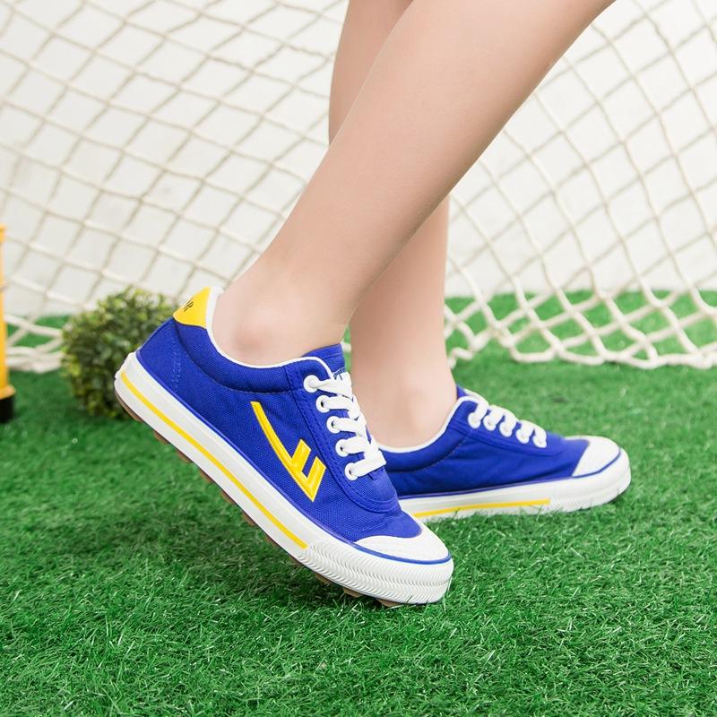 五折促销回力儿童足球鞋 牛筋底碎钉训练鞋草地学生帆布平地室内球鞋童鞋