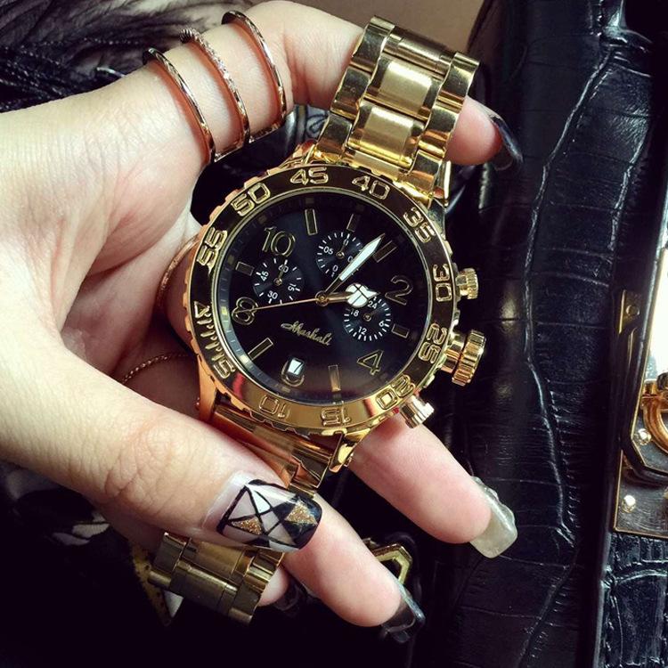 新款手表女学生个性玫瑰金色中性土豪金钢带男女情侣表防水时装表