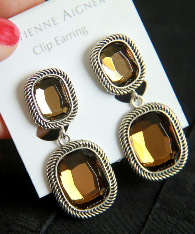 [exclusive antique jewelry in Europe and America / 100 bags of mail] atmospheric gem clip ear clip / no ear hole required