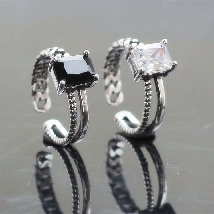 Package post fashion Japanese and Korean simple woman 925 Sterling Silver Thai silver twist square diamond crystal gemstone index finger ring opening