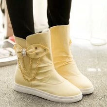In the autumn of 2015 the new sweet female butterfly chain one foot pedal set of short boots Higher contracted within short boots