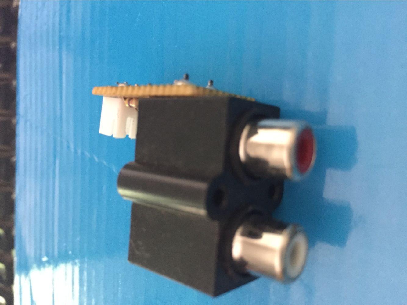Звук монтаж 2 отверстие лотос сиденье звуковая частота экспорт вводить интерфейс AV сварной шов хорошо плат не торговаться бесплатная доставка