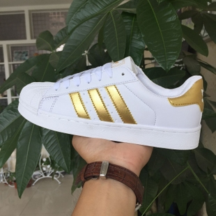 Ulzzang Harajuku Korea shells head three bars of black and white men and women couple shoes sneakers student influx Baoxie