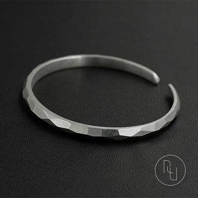 R. U original silver independent designer brand edge warm geometric cut pure silver bracelet b1003s925