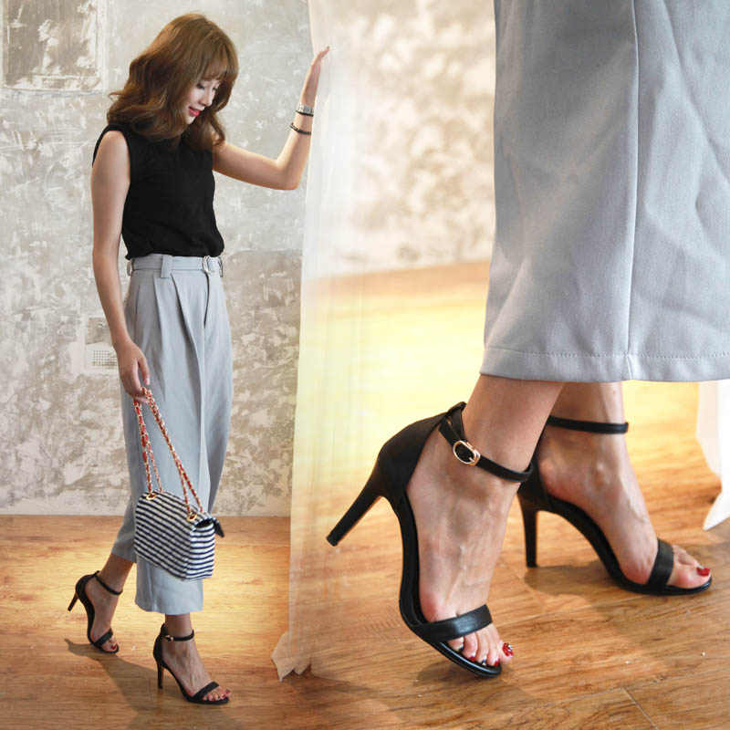 Leather button sandals womens new professional high heel sandals simple summer thin heel open toe Roman shoes 5cm