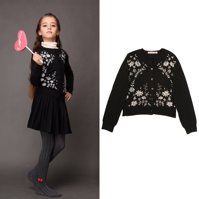 Autumn / winter 15 girls cashmere blended black background white embroidered cardigan sweater coat mothers and womens clothes parents and childrens clothes