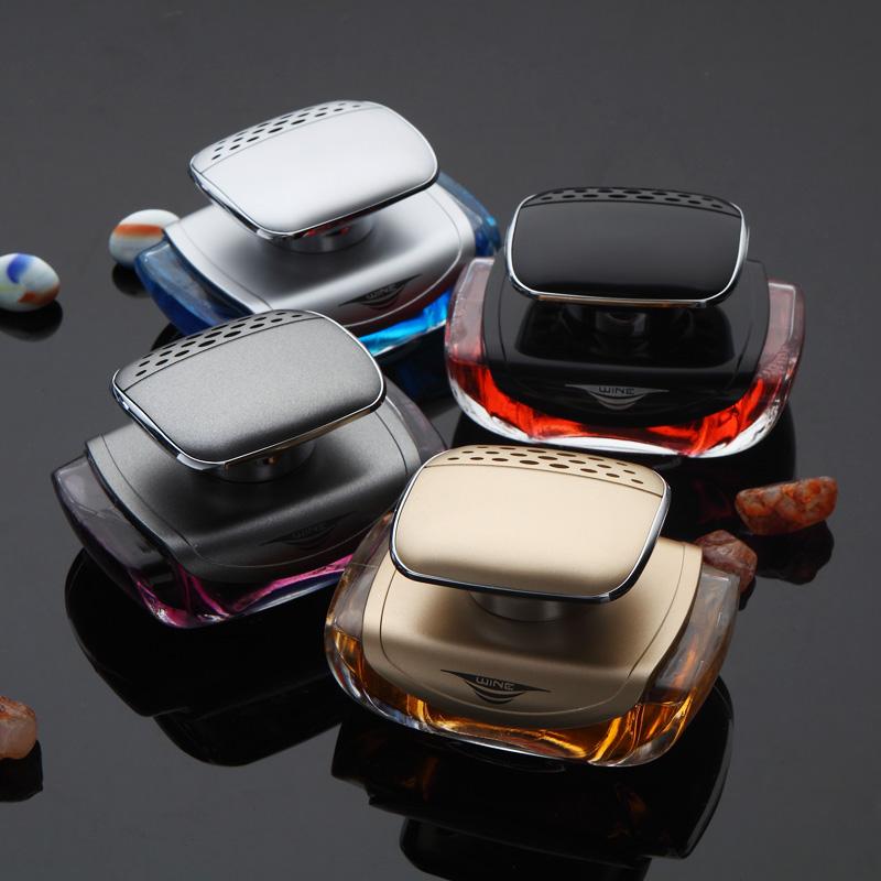 汽車香水擺件座式車用香薰車載香水座男女高檔車上飾品車內除異味