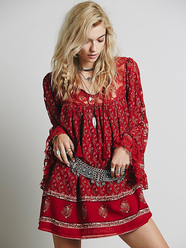 Dress floral red spring and summer new flower hollow out dress lace trumpet sleeve