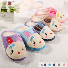 Autumn and winter in the new baby shoes children cotton slippers slippers slippers cute cartoon son home thickening bottom non-slip shoes