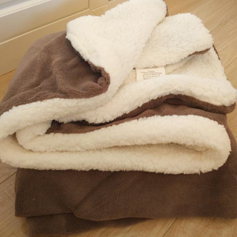 Волосы одеяло диван крышка одеяло кашемир уплотнённый двухслойный коралл офис комната вздремнуть полдень остальные кондиционер ребенок одеяла