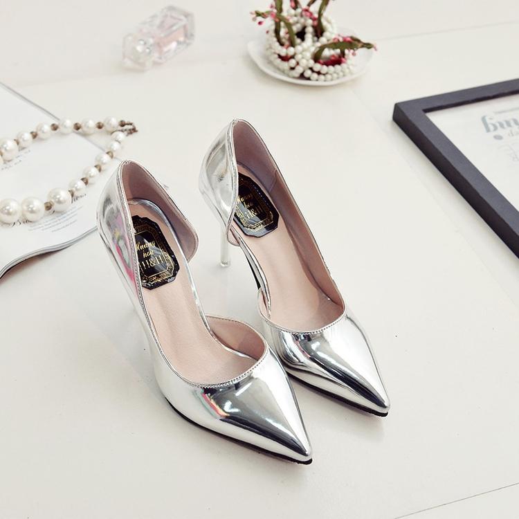 春2019新款女士百搭银色气质高跟鞋尖头浅口性感细跟侧空单鞋中跟