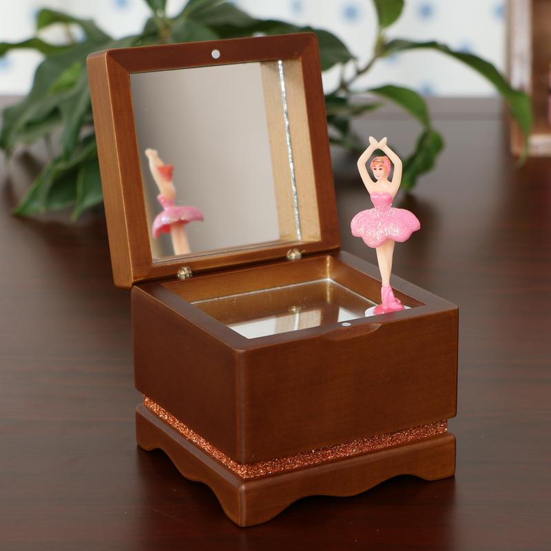 创意情人节生日礼物送女生朋友木质跳舞旋转芭蕾女孩音乐盒八音盒