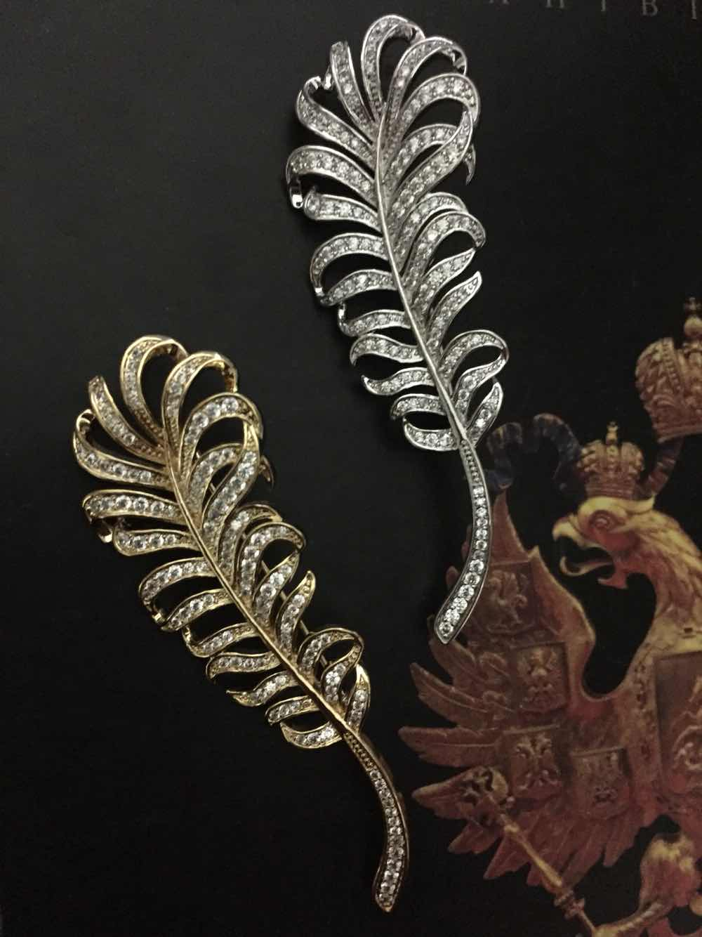 Phoenix Peacock Feather Brooch Pin European Court retro zircon simple geometry British gift box packaging accessories