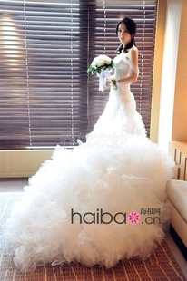 Lan Yu Dong Xuan design married the same paragraph the word shoulder wedding dress sexy elegant luxury tail wedding