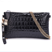The new 2015 European and American fashion lady handbags one shoulder small oblique cross bag hand specialty BaoXiaoFang crocodile grain