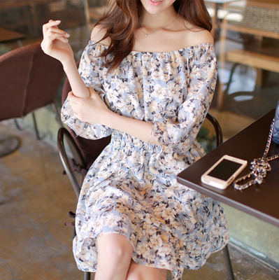 South Korean fresh summer short-sleeved off-the-shoulder word brought hubble-bubble sleeve elastic waist cultivate one's morality broken beautiful holiday chiffon dress