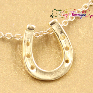 Double Crown American purchasing Dogeared gold lucky horseshoe necklace HorseShoe Shanghai spot