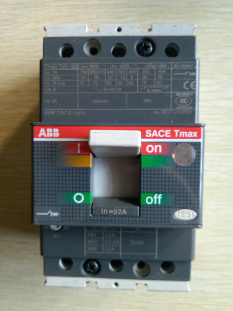ABB供应T3N250 TMD200/2000 FF 3P塑壳断路器36KA