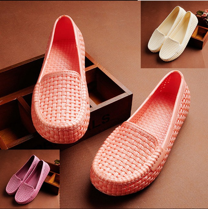 Summer womens hole hollowed out womens shoes plastic white sandals antiskid flat bottomed nurses shoes pregnant womens shoes comfortable
