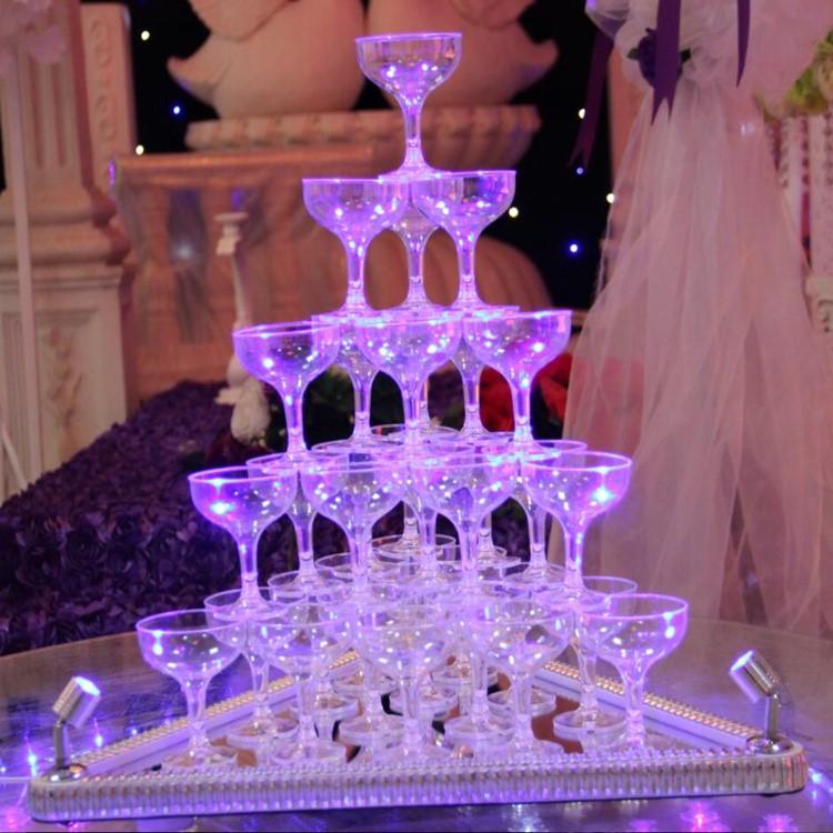 新款婚庆道具三角五层发光香槟塔高脚杯酒塔七层婚礼酒塔