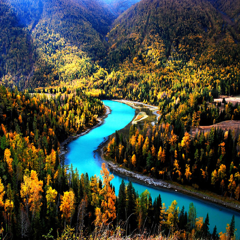 Xinjiang tour charter bus VIP 6 days and 5 nights in depth pure play Tour