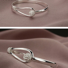 Romantic flower bracelet Female paragraph 925 sterling silver bracelet Korean version of the hand jewelry wholesale The first hand ring manufacturers