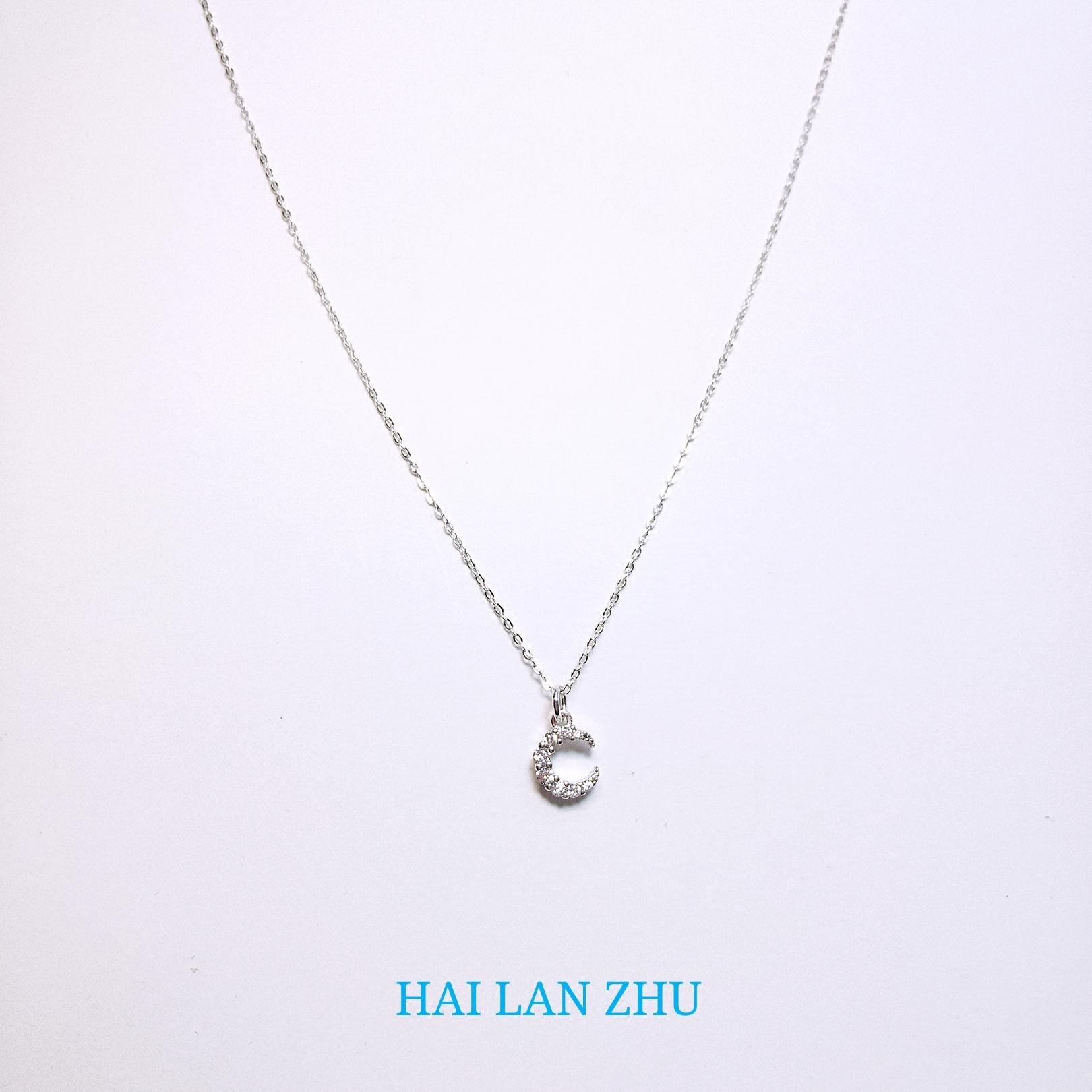 [Artemis] original design of sea blue bead S925 pure silver Moon Necklace