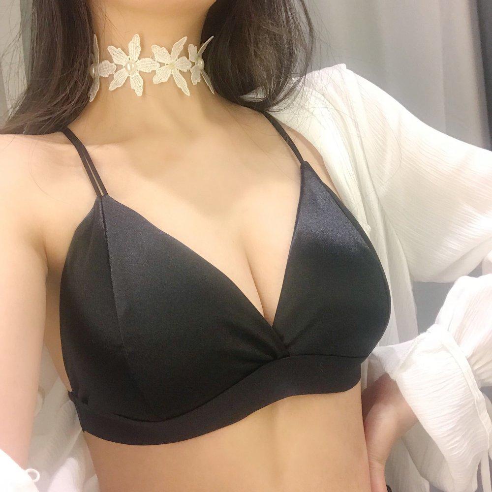 2018韩版时尚气质名媛后背交叉性感美背细肩带挂脖裹胸吊带内衣女