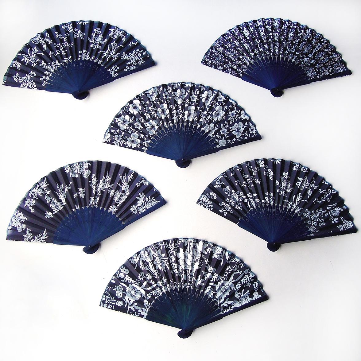 Черный город ручной работы женщина вентилятор сложить вентилятор бамбук вентилятор голубой принт ткань веер синей ткани танец вентилятор китайский ветер ремесла сложить вентилятор