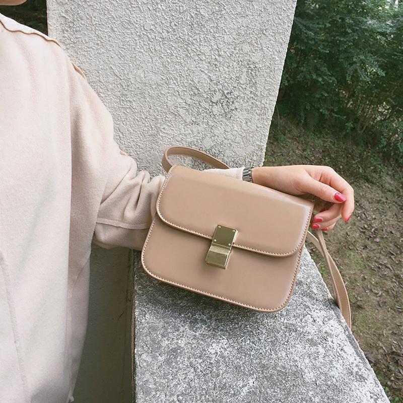 2019 Korean new box bag tofu bag ins simple small square bag Single Shoulder Messenger Bag small bag retro womens bag trend