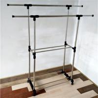 Простой балконный шкаф для одежды напольной внутренней и наружной двухполюсной стойки для сушки одежды со складыванием Телескопическая домашняя вешалка