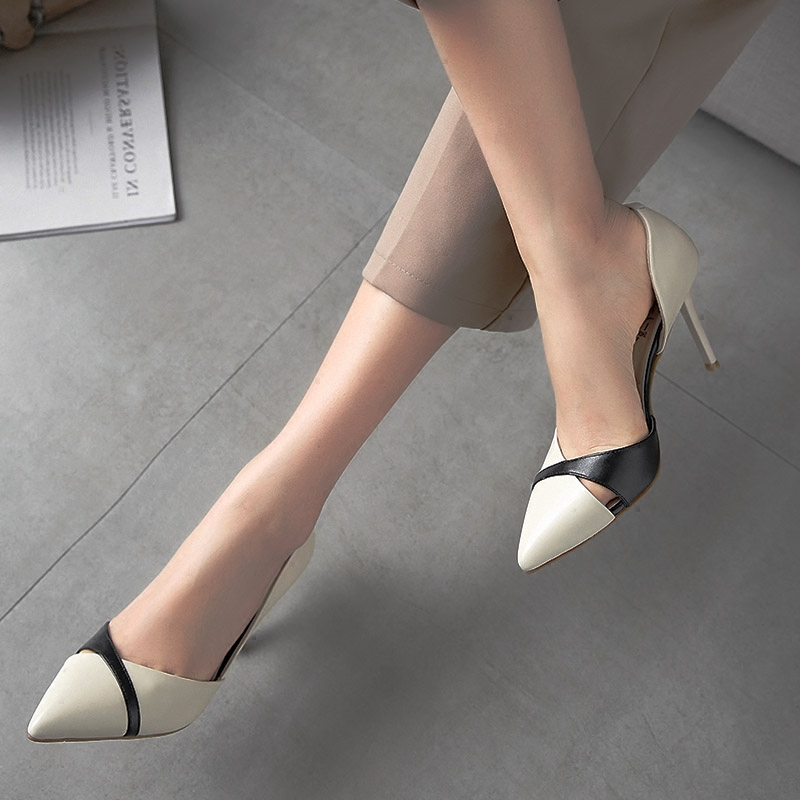 2018 new Korean versatile small fresh high heels girls thin heel pointed splicing nude hollow out fairy shoes