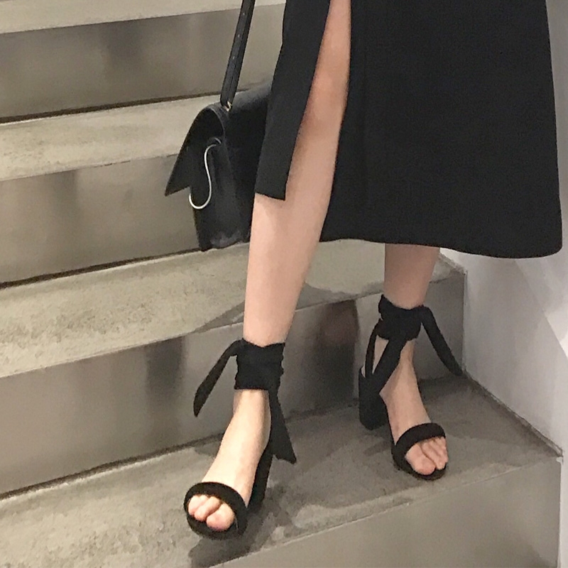 2020 thick high heel cross strap leather velvet open toe sandals womens shoes Roman style European and American Street Photo comfortable and good match