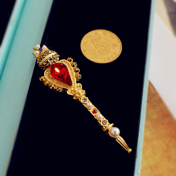 Scepter Brooch stunning retro Baroque crown cross pin crown headdress net red photo Fairy