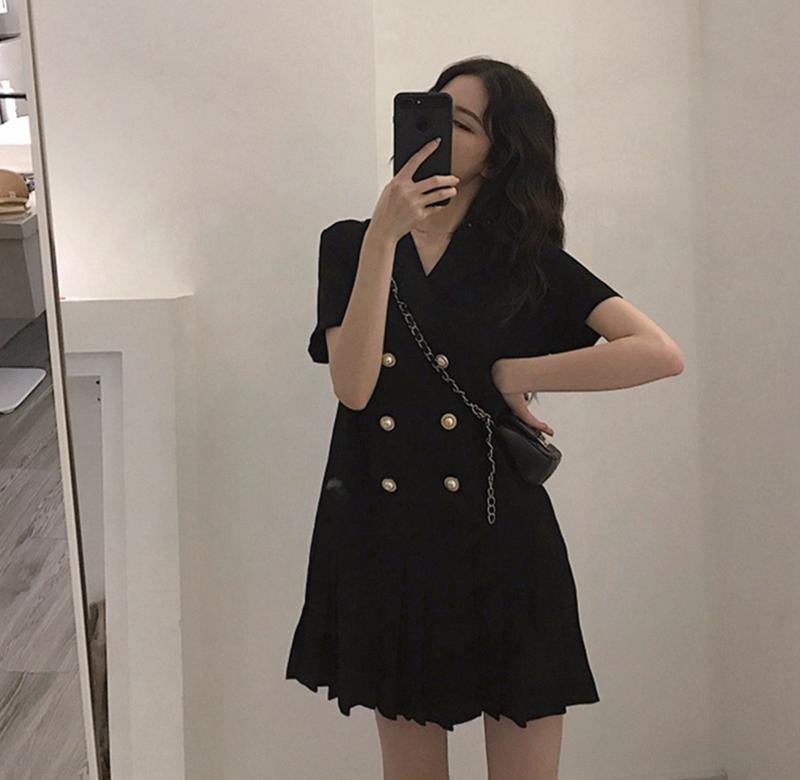 。大码女装胖妹妹遮肚连衣裙2020新款夏季法式复古小个子洋气小黑