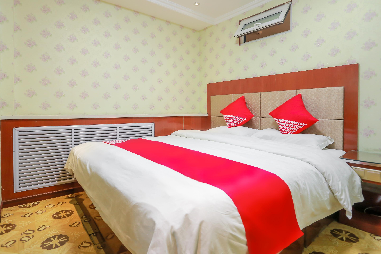 西宁汇龙宾馆舒适大床房