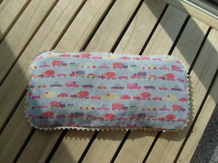 0-2岁宝宝新生婴儿童蚕砂荞麦绿豆皮防偏纠正头型定型枕头蓝汽车