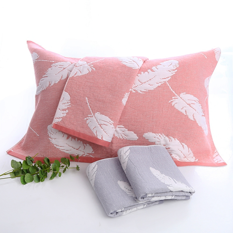 欧米のメーカー直売の新商品は羽毛の純綿のガーゼのカップルの結婚祝いのペアを増やして枕カバーを郵送します。