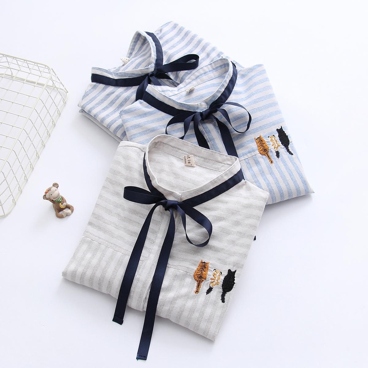 日系森女系甜美百搭三只猫刺绣条纹长袖衬衫女式衬衣春装新款2018